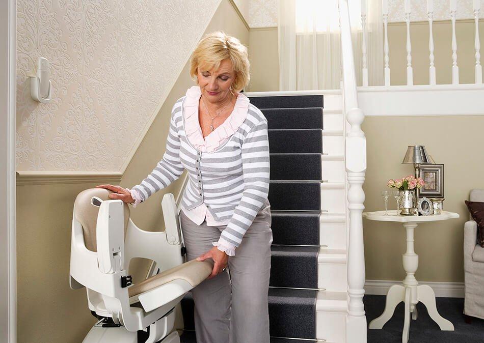 พับเก้าอี้ ที่วางแขน เบาะนั่ง ลิฟท์บันได รางตรง homeglide